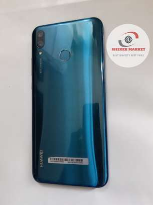 Huawei y9 image 1