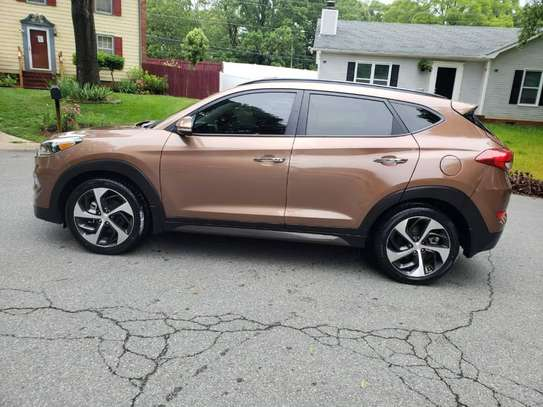 2017 Model Hyundai Tucson image 3