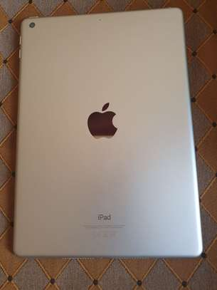 iPad 6th generation image 1