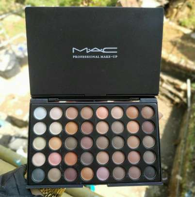 Mac eyeshadow 40'pec eyeshadw pallete