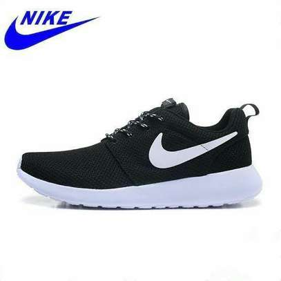 Nike Rosche Shoes image 1