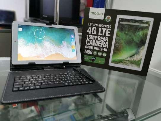 Modio 4G Tablet image 1