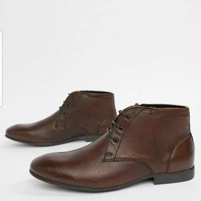Men's Slim Toe Leather Boots image 3