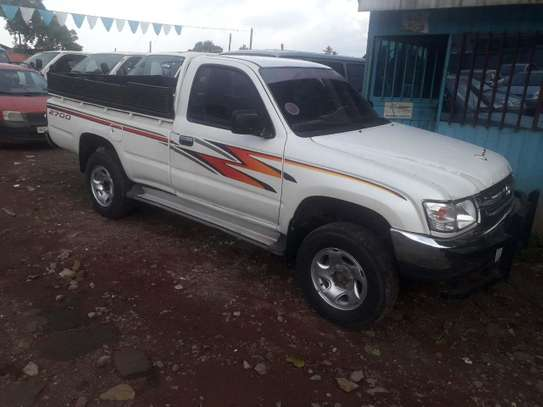 2004 Model-Toyota Hilux Single Cup