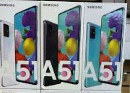 Samsung A51 2020 product storage 128GB RAM 6 GB