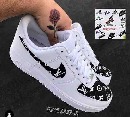 NIKE AIR FORCE LV SHOES image 1