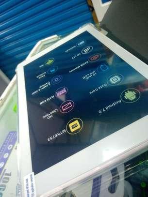 64GB / 4GB RAM C idea Tablet image 2