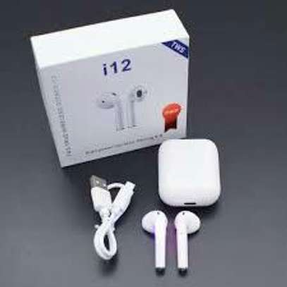 Best airpods image 3