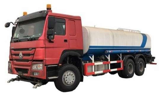 Shower truck