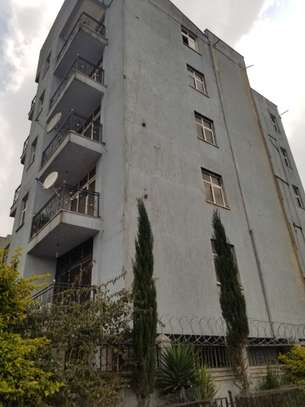 200 Sqm G+5 Building For Sale