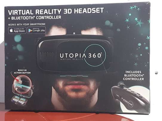 VR Set with a Bluetooth controller