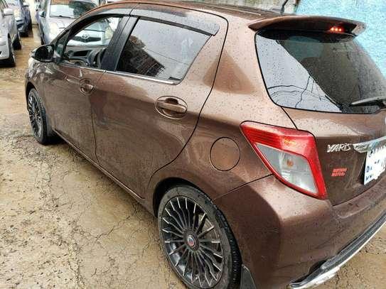 2011 - Model - Toyota Yaris Compact image 2