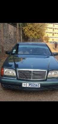 1996 Model Mercedes Benz S280 image 4