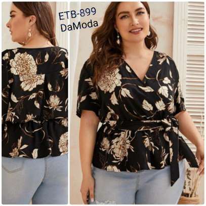 Plus Floral Print Peplum Belted Blouse