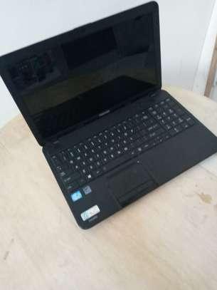 Toshiba core i3 laptop image 1
