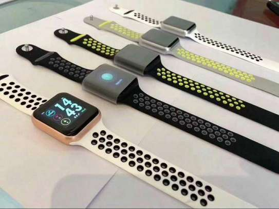 Apple watch in Nike addition