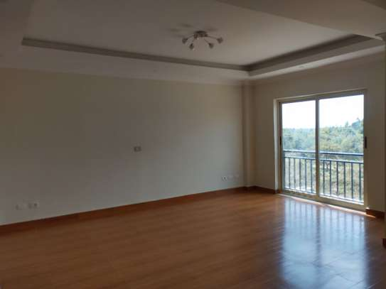 Fully Furnished Apartement For Sale image 3