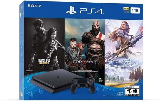 2 PlayStation 4 slim image 1