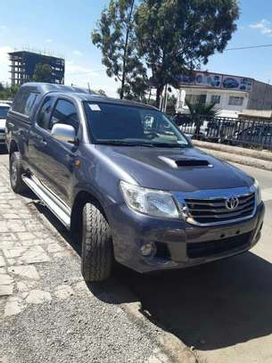 Toyota Hilux Extra Cab With Driver For Rent image 2