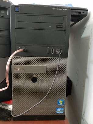 desktop 990 image 1