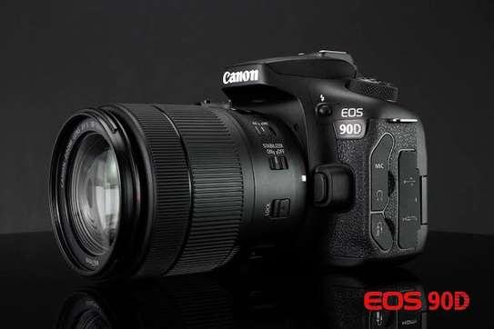 Canon 90D camera image 2
