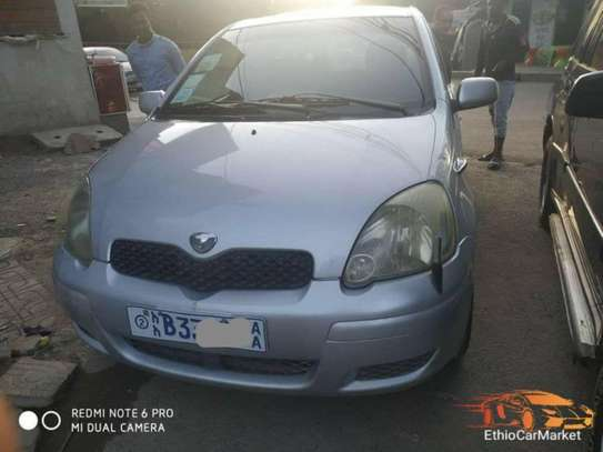 2004 Model Toyota Vitz