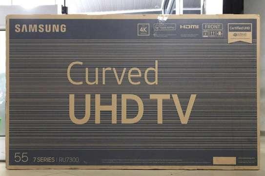 SAMSUNG Curved TV image 1