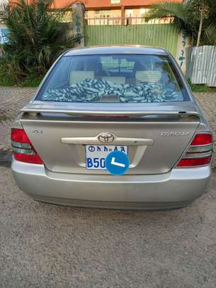 Toyota corolla image 2