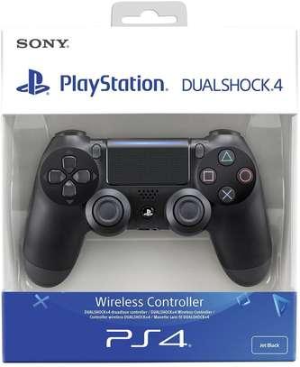 PS4 JOYSTICK (PS4 CONTROLLER)