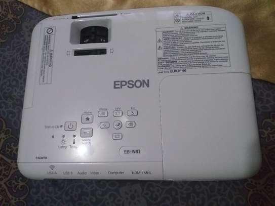 Projector Epson EB-W41 WXGA 3LCD Projector