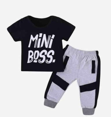 Toddler Boys Letter Print Tee and Side Stripe Pant
