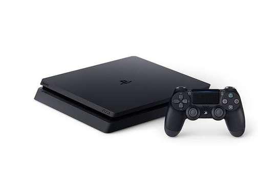 PlayStation 4 (slim) image 1