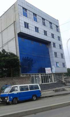 700 Sqm G+5 Building for rent