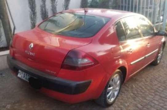 2004 Model Renault Megane image 3