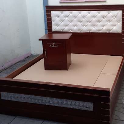 New quality bed 1.50cm with side table image 1