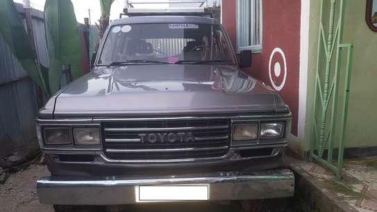 1987 Model-Toyota Land Cruiser