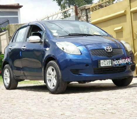 2006 Model-Toyota Yaris Compact