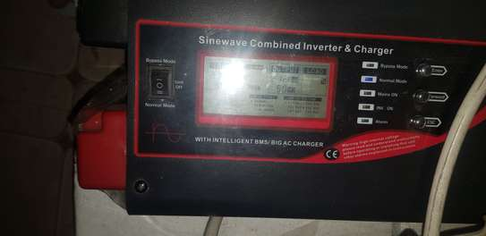 NeoPower 1500W Single Phase 24V Pure Sinewave Inverter with 70A Charger image 3