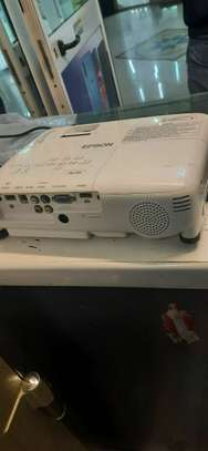 Epson Projector image 3