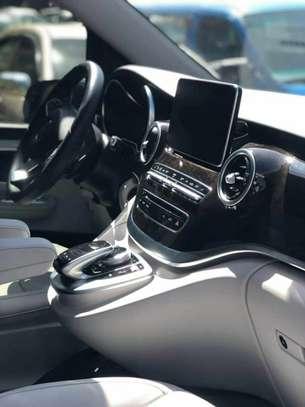 2020 Model-Mercedes -Benz V250 image 4