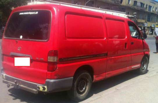 2004 Model-Toyota D4D Van