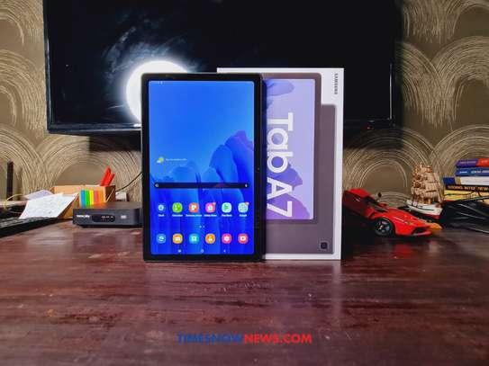 Samsung Galaxy Tablet A7 image 2