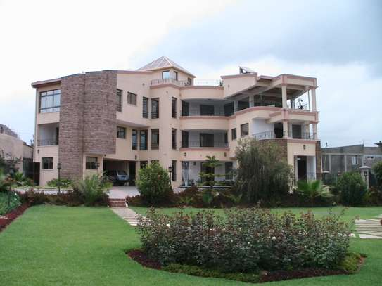 2200 Sqm G+2 House For Rent @ Bole (8 Bedrooms )