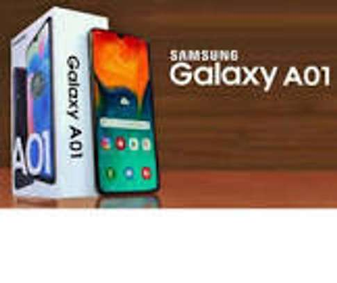 samsung galaxy A01 16 b almost new image 1