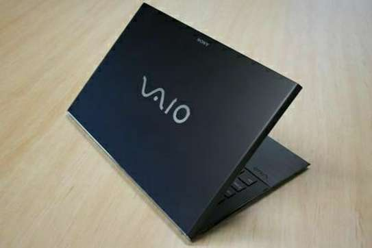 Sony VAIO   core i5 (8th Generation)     / 8 logical Processor / image 1
