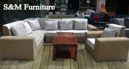 Sofea&table image 2