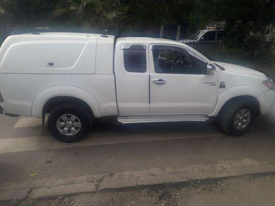 2006 Model-Toyota Hilux King Cab