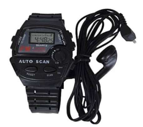 FM Auto Scan Radio Watch with Stereo Earphone image 3