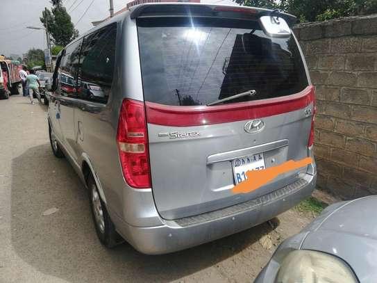 2012 Model-Hyundai Starex image 3