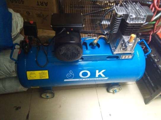 Air compressor 100 Liter image 1